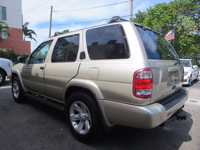 2003 Nissan Pathfinder for sale at FLORIDA AUTO CONNECTION in Hollywood FL