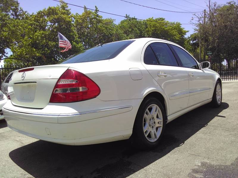 2004 Mercedes-Benz E-Class for sale at FLORIDA AUTO CONNECTION in Hollywood FL