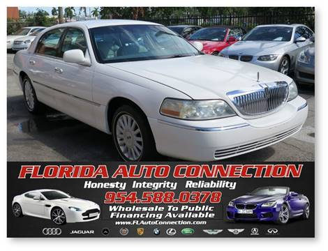 2005 Lincoln Town Car for sale at FLORIDA AUTO CONNECTION in Hollywood FL