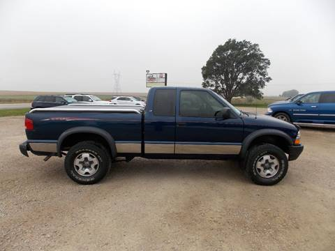 2000 Chevrolet S-10 for sale in Canton, SD