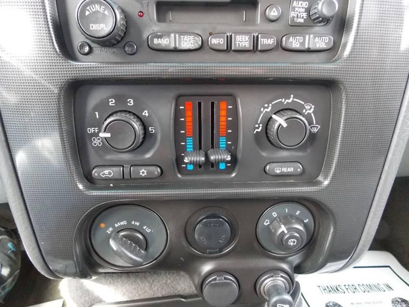2004 GMC Envoy XL SLE 4WD 4dr SUV - Canton SD