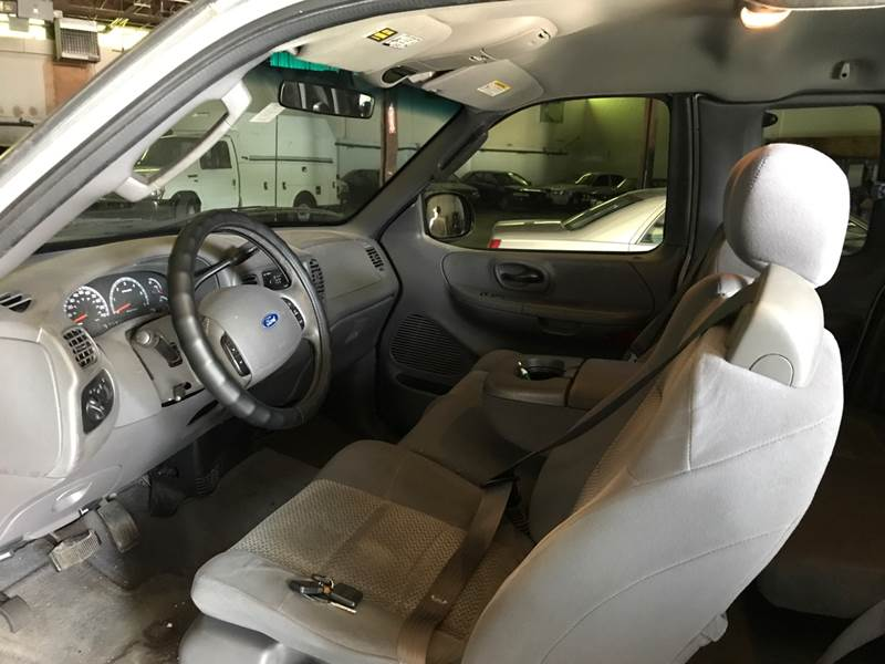 2003 Ford F-150 for sale at AMK Auto Brokers in Derry NH