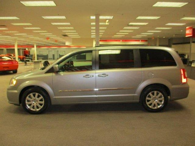 2016 chrysler town and country touring 4dr mini van in monaca pa. Cars Review. Best American Auto & Cars Review