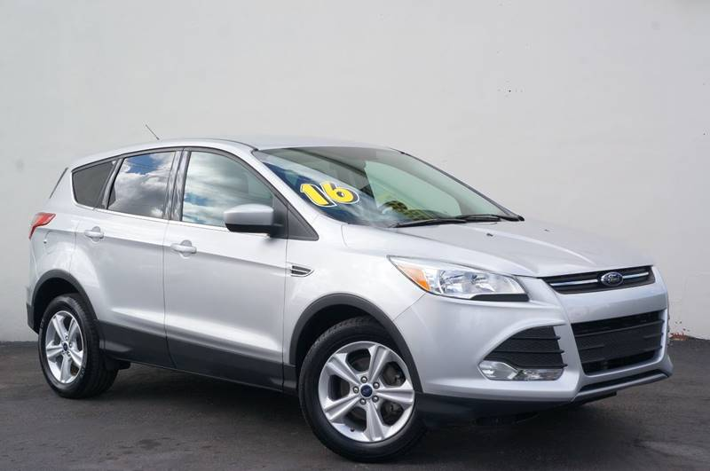 2016 FORD ESCAPE SE 4DR SUV ingot silver new pricepriced below kbb fair purchase price