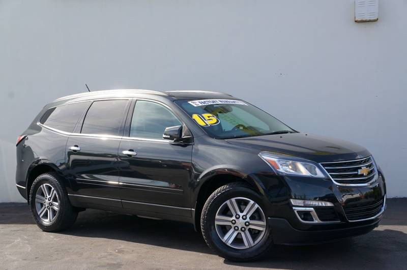 2015 CHEVROLET TRAVERSE LT 4DR SUV W2LT black granite metallic new pricepriced below kbb