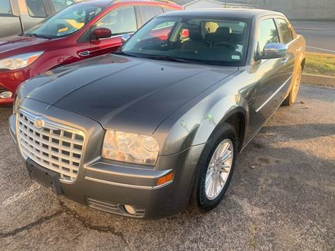 2010 Chrysler 300 for sale in Arnold, MO
