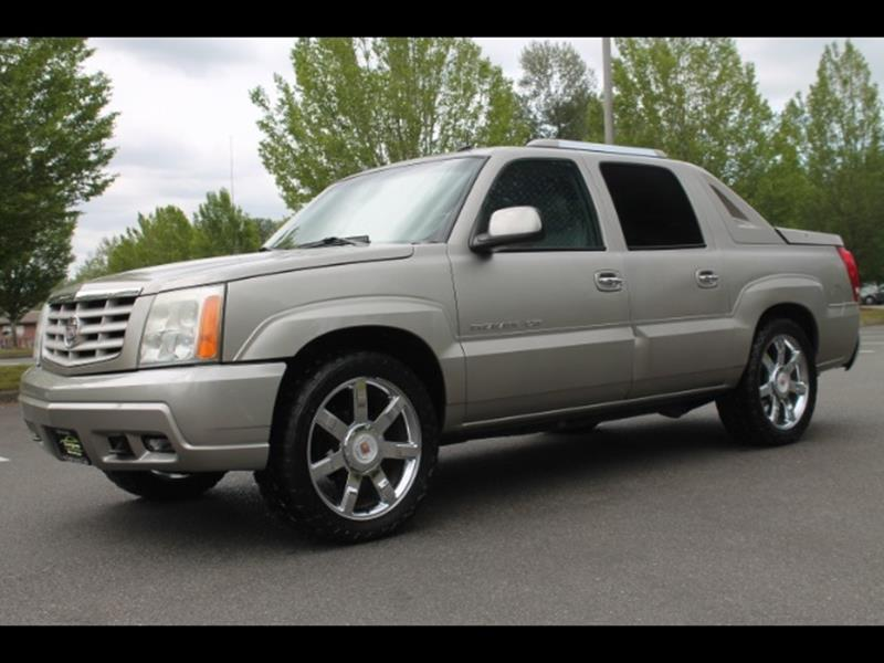 ext to awd cadillac pic overview cars escalade dr suv std compared cargurus