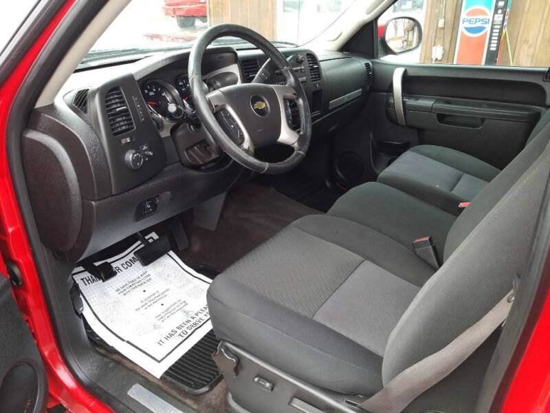 2012 Chevrolet Silverado 2500HD (image 6)