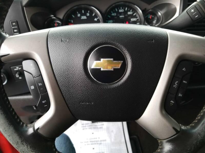 2012 Chevrolet Silverado 2500HD (image 9)