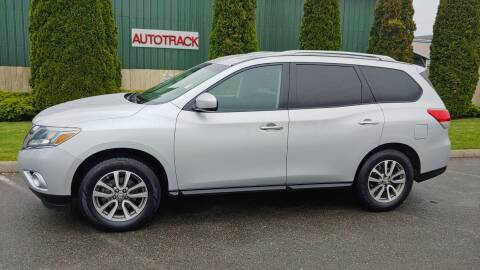 2013 Nissan Pathfinder for sale at Autotrack in Mount Vernon WA