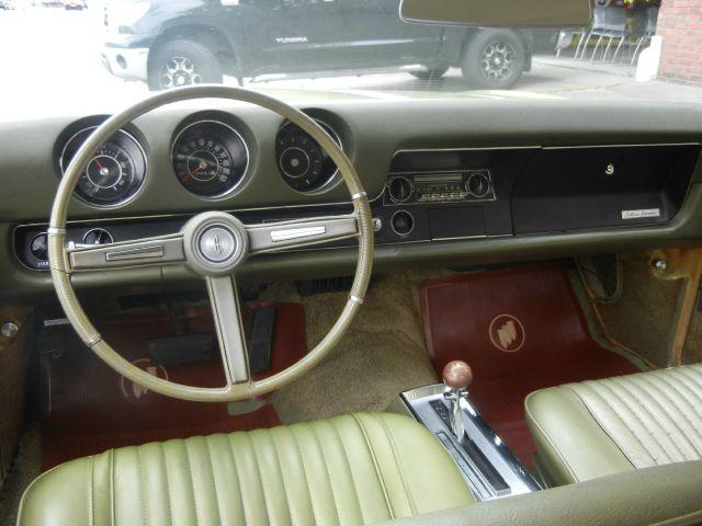 1968 Oldsmobile Cutlass Supreme holiday In Tacoma WA