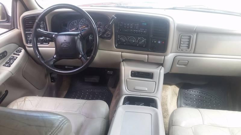 2002 Chevrolet Suburban 1500 LT 4WD 4dr SUV - Tacoma WA