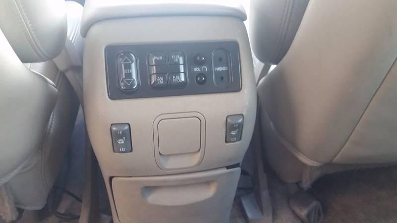 2000 Cadillac Escalade 4dr 4WD SUV - Tacoma WA