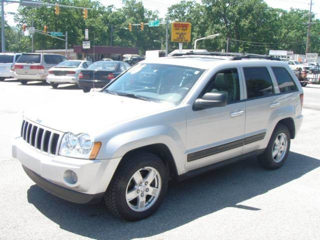 2006 Jeep Grand Cherokee for sale at Autoworks in Mishawaka IN