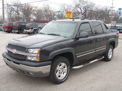 2004 Chevrolet Avalanche for sale at Autoworks in Mishawaka IN