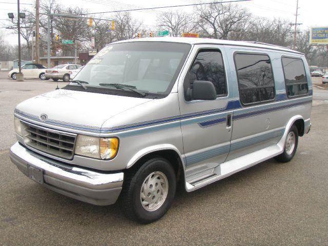1993 Ford Econoline DMC Conversion