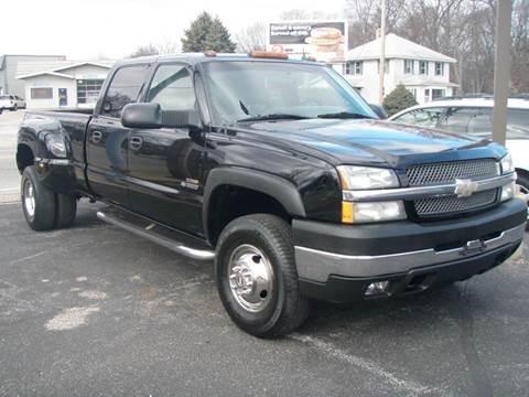 2004 Chevrolet Silverado 3500 for sale at Autoworks in Mishawaka IN