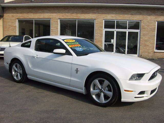2014 Ford Mustang V6 Premium 2dr Fastback - Wyoming PA