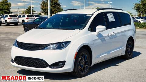 2020 Chrysler Pacifica for sale at Meador Dodge Chrysler Jeep RAM in Fort Worth TX