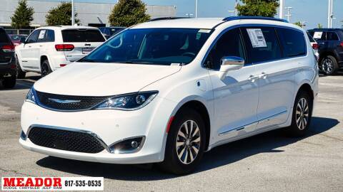 2020 Chrysler Pacifica Hybrid for sale at Meador Dodge Chrysler Jeep RAM in Fort Worth TX