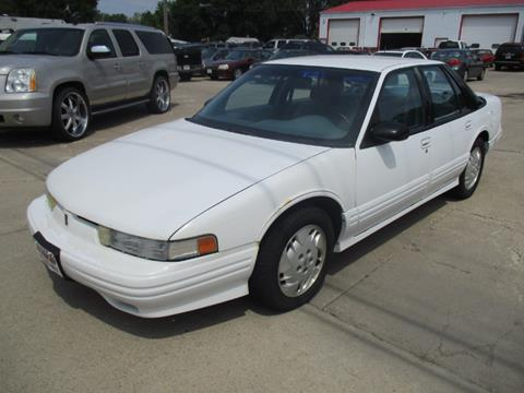 1997 Oldsmobile Cutlass Supreme for sale in Des Moines, IA