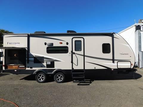 2017 Coachmen FREEDOM EXPRESS 248RBS for sale in Auburn, CA