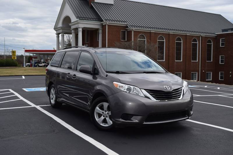 7922877542 2011 Toyota Sienna LE 8-Passenger 4dr Mini-Van V6 In Knoxville TN ...