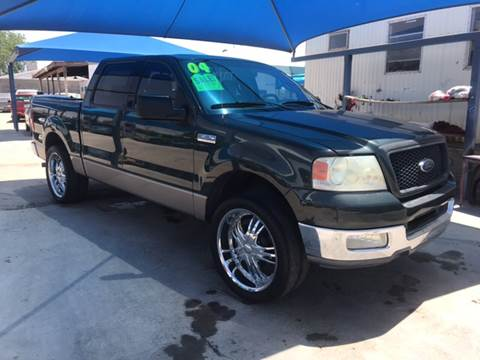 2004 Ford F-150 for sale at Autos Montes in Socorro TX