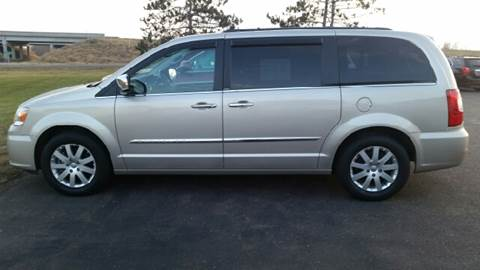 2012 Chrysler Town and Country for sale in Stanley, WI