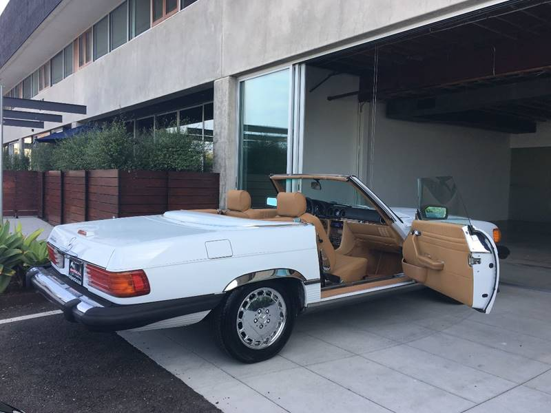 1988 Mercedes-Benz 560-Class for sale at SportsCar LA in Lawndale CA