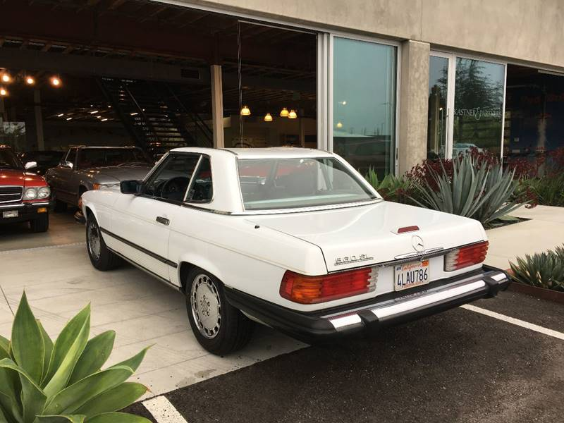 1989 Mercedes-Benz 560-Class for sale at SportsCar LA in Lawndale CA