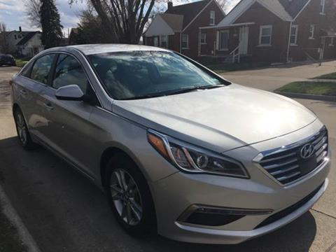 2015 Hyundai Sonata for sale at Julian Auto Sales, Inc. in Warren MI