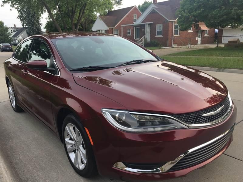 2015 Chrysler 200 car for sale in Detroit