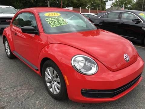 2014 Volkswagen Beetle for sale at Julian Auto Sales, Inc. in Warren MI