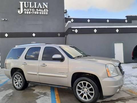2008 GMC Yukon Denali for sale at Julian Auto Sales, Inc. in Warren MI