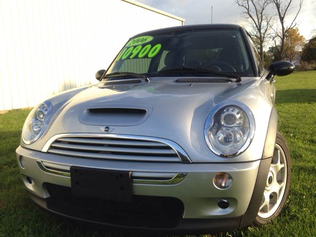 2006 MINI Cooper for sale at Goodland Auto Sales in Goodland IN
