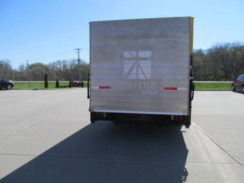2011 Ford E-Series Chassis E-350 SD 2dr Commercial/Cutaway/Chassis 138-176 in. WB - Council Bluffs IA