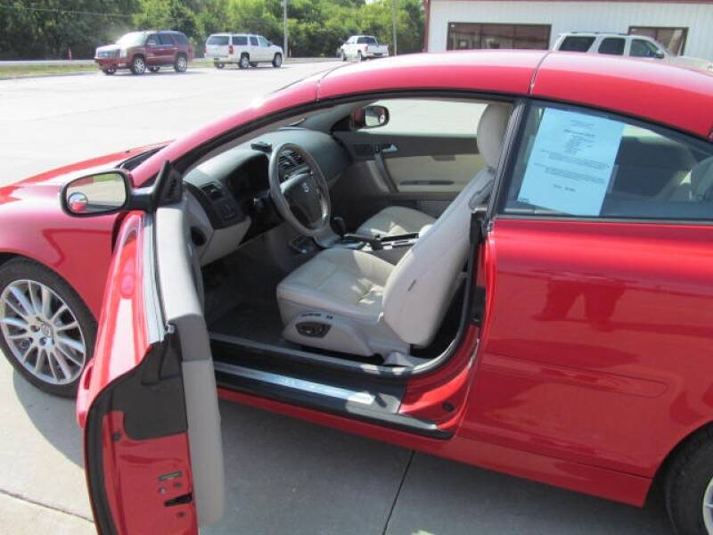 2008 Volvo C70 T5 2dr Convertible - Council Bluffs IA