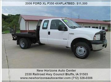 2006 FORD XL F350 4X4FLATBED for sale in Council Bluffs, IA