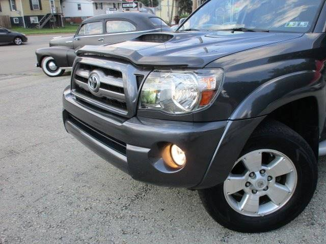 2009 Toyota Tacoma 4x4 V6 4dr Double Cab 6.1 ft. SB 5A - Youngwood PA