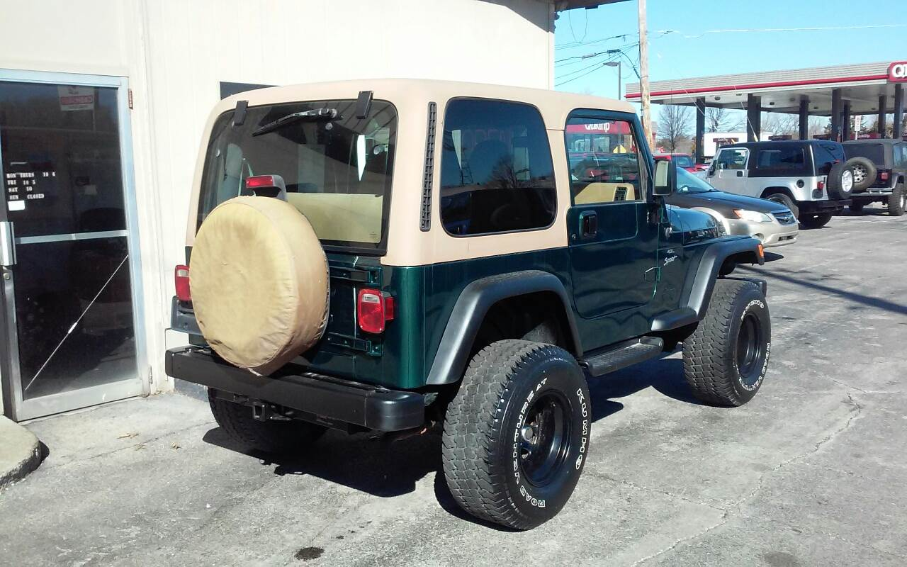 1997 Jeep Wrangler 2dr Sport 4WD SUV - Des Moines IA