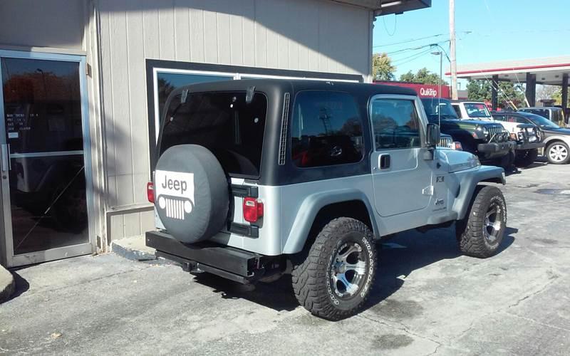 2004 Jeep Wrangler 2dr X 4WD SUV - Des Moines IA