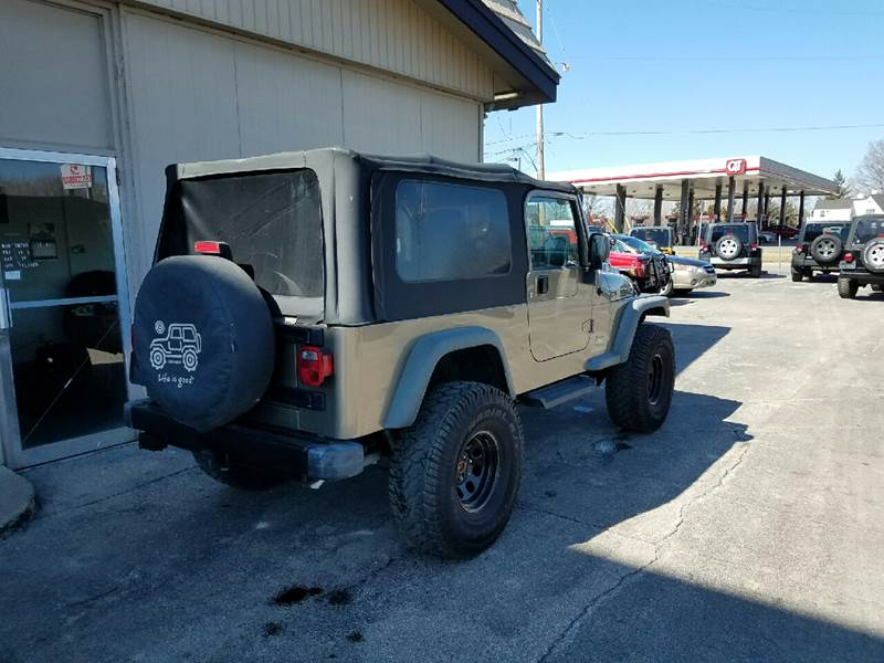 2004 Jeep Wrangler Unlimited 4WD 2dr SUV - Des Moines IA