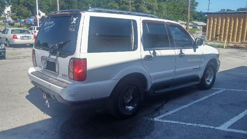 1998 Lincoln Navigator for sale at Paul Gerber Auto Sales in Omaha NE