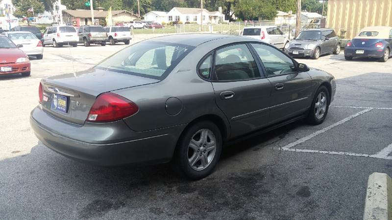 2002 Ford Taurus for sale at Paul Gerber Auto Sales in Omaha NE