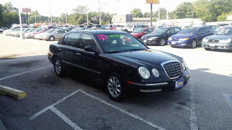 2006 Kia Amanti for sale at Paul Gerber Auto Sales in Omaha NE