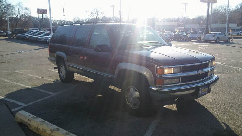 1998 Chevrolet Suburban for sale at Paul Gerber Auto Sales in Omaha NE