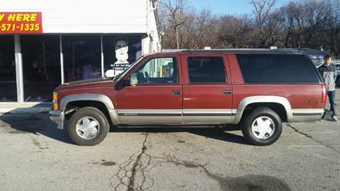 1998 Chevrolet Suburban for sale at Paul Gerber Auto Sales in Omaha NE