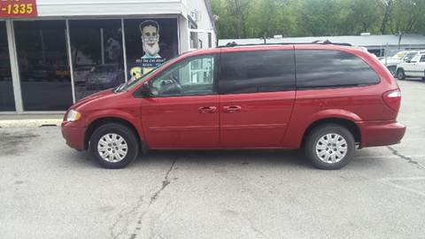 2005 Chrysler Town and Country for sale at Paul Gerber Auto Sales in Omaha NE