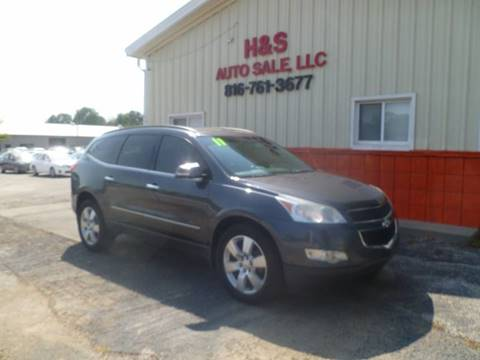 2011 Chevrolet Traverse for sale at H & S Auto Sale LLC in Grandview MO